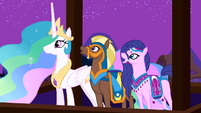 Princess Celestia and her guests enjoy Twilight's performance S3E05