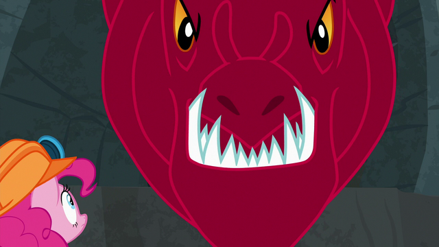 File:Quarray eel snaps its jaws shut on Maud Pie S7E4.png