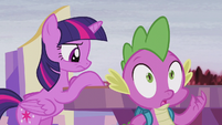 Spike in complete shock S5E25