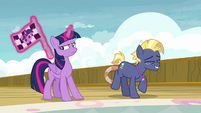Star Tracker prancing with excitement S7E22
