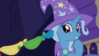 Trixie giggling at Sunburst's magic trick S7E24