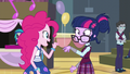 Twilight's glasses drooping EG3.png