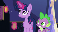 Twilight looking annoyed S6E15