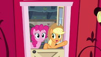 Applejack -smell that sweet Apple air- S4E09