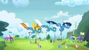 Los Wonderbolts volando T4E10