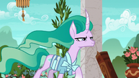 Mistmane squinting her eyes at Sable Spirit S7E16