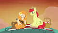 Pear Butter finishes singing her song S7E13.png