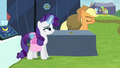Rarity pockets one of the brooches S4E22.png