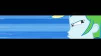 Screen narrows around Rainbow Dash's face EGDS4