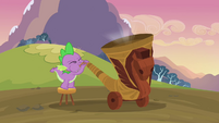 Spike blowing the horn S2E22