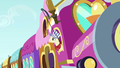 Steamer in Friendship Express window S4E01.png