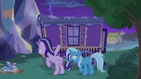 Trixie --I can't deal with this!-- S6E25
