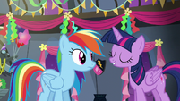 Twilight --wanted to throw you a real party-- S6E7