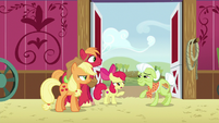 "Apple Bloom ""what's so funny?"" S6E23"
