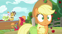 Big Mac and grannies catch up with Applejack S9E10