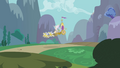 Celestia's chariot comes in for a landing S1E10.png