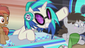 DJ Pon-3 motions for Cranky to get out of the way S5E9.png