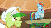Rainbow throws the nachos in the trash S8E5