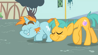 Snips and Snails bowing S1E06