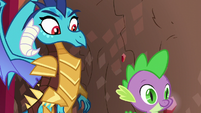 Spike and Ember best dragon team S6E5