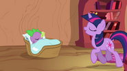 Twilight singing and Spike sleeping S03E13