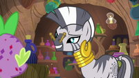 Zecora plugs her nose with clothespins S8E11