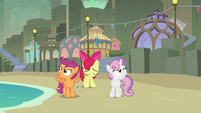 Apple Bloom hangs her head as her friends sulk S8E6