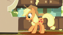 Applejack opening the oven door S6E10