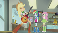 Applejack playing skillfully EG2.png