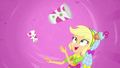 Applejack tossing cups in slow motion SS9.png