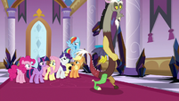 Discord walking away from the Mane Six S9E2
