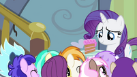 Party foals cheering for Rarity S4E19