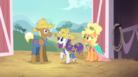 """Rarity """"I know just how you feel"""" S4E13"""