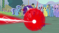 Rarity getting zapped by Trixie S3E05