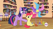 S04E15 Udany eksperyment Apple Bloom