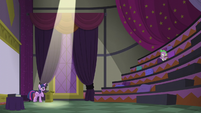Spike clapping Twilight's rehearsal S5E25