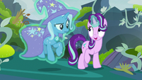Starlight Glimmer levitating Trixie S7E17