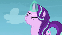 Starlight focusing her magic S8E25