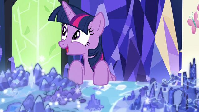 File:Twilight Sparkle getting an idea S7E1.png