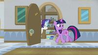 Twilight and Rarity go into a closet S8E16