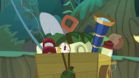 Wagon of Applejack's camping gear S8E13