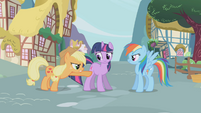 "Applejack ""I was followin' this one"" S1E03"