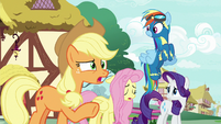 "Applejack ""she's not gettin' any better"" S8E18"