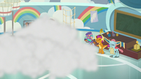 Cheer squad crashing in the smoke S9E15