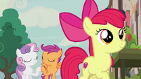 Cutie Mark Crusaders believe in Big McIntosh S7E8