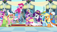 """Pinkie Pie """"best coronation day ever!"""" S03E13"""