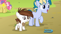 Pipsqueak disappointed in his own horseshoe toss S7E21