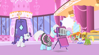 Rarity anxious S1E20