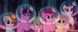 Twilight Sparkle and friends looking confused MLPTM