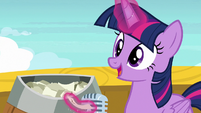 Twilight announces Star Tracker as the winner S7E22